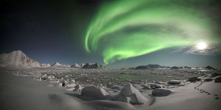 Svalbard norway northern lights