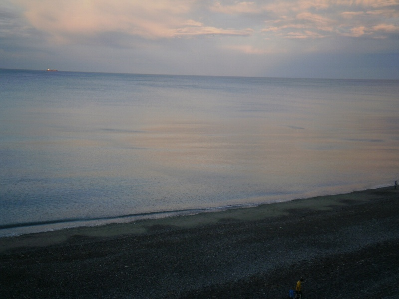 BEACH IN THE EVENING