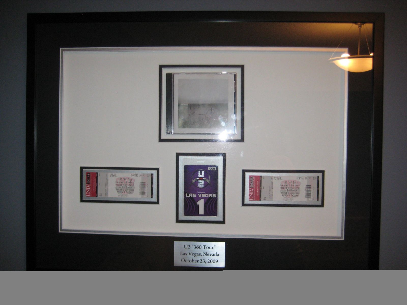 Framed and Autographed NLOTH CD - Las Vegas 2009