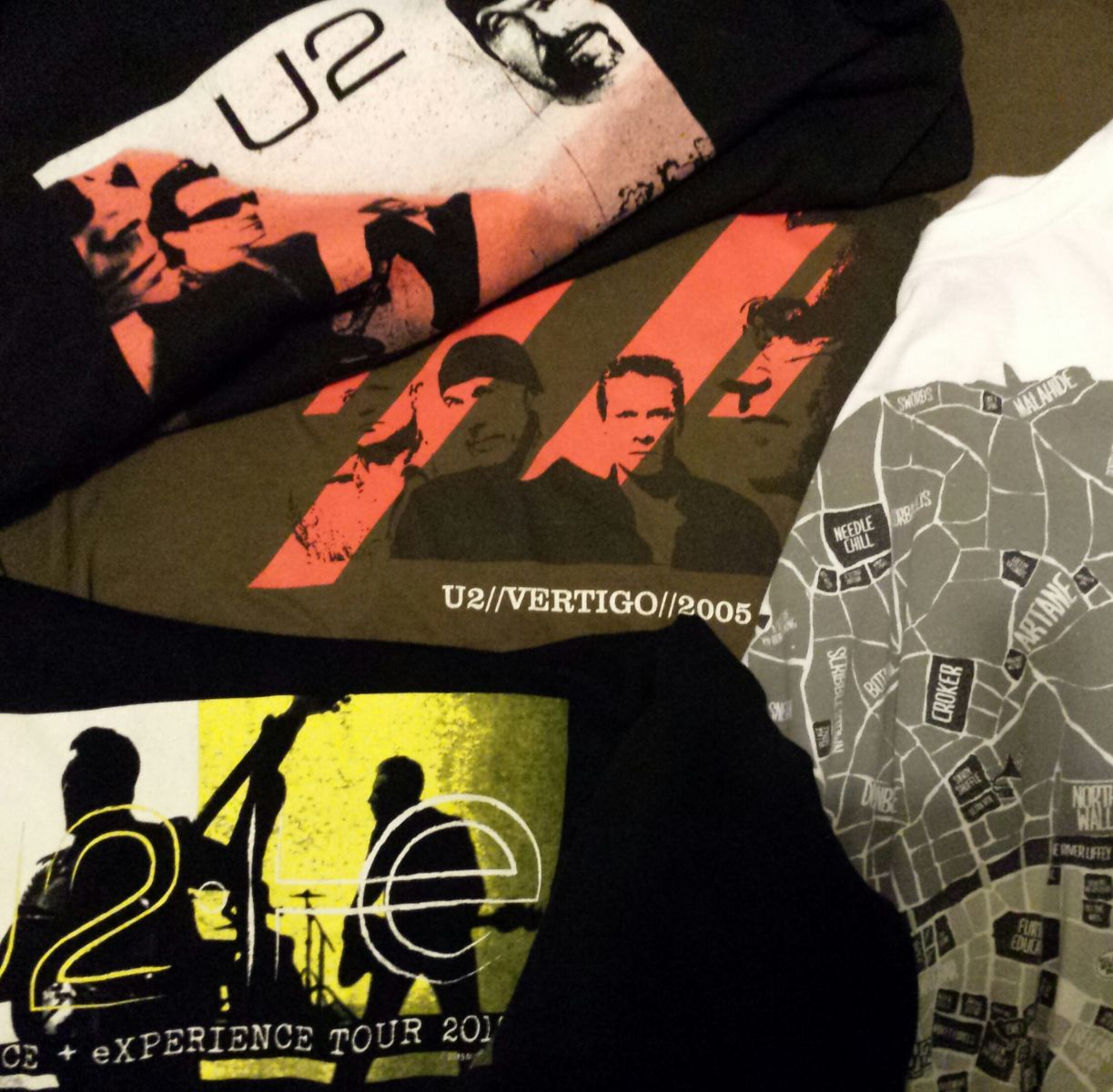 U2 World T Shirt Day