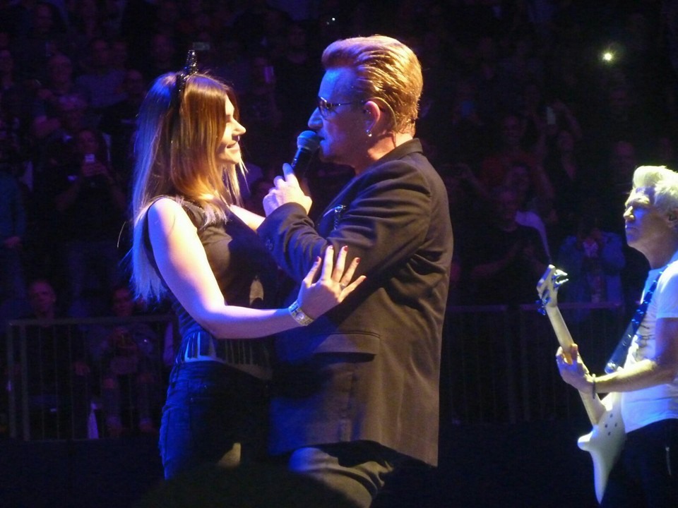 Slow dancing with Bono, London 29-10-2015