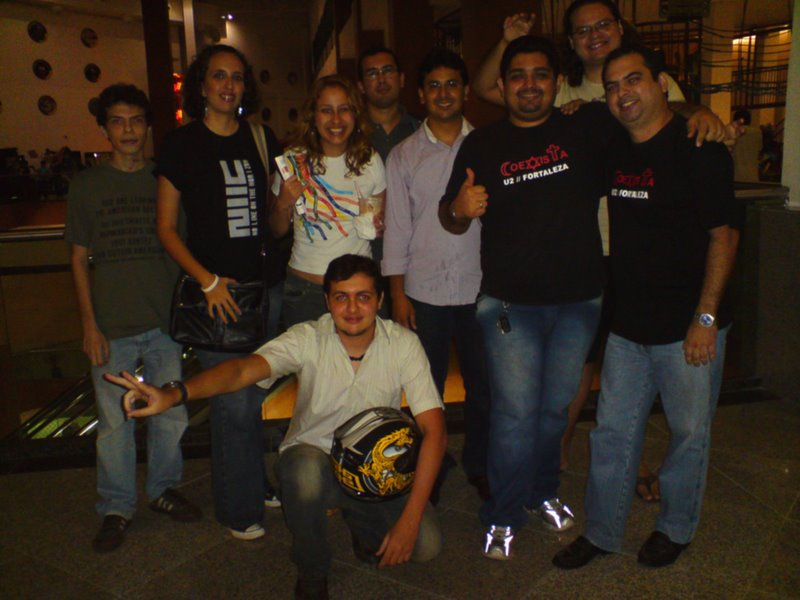 U2 FANS IN CINEMA IN FORTALEZA, BRAZIL, FOR EXHIBIT OF U2-3D