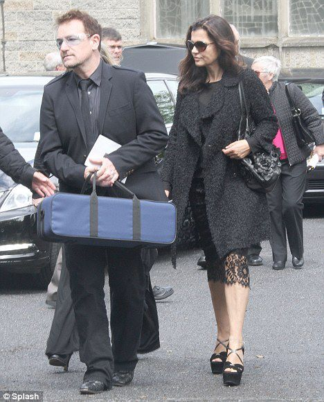 Bono and Ali at Gwenda´s funeral