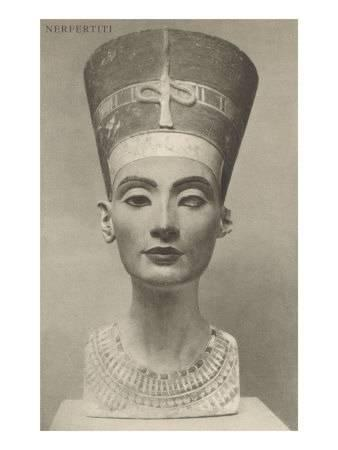 nefertiti-head-on_u-L-P7BX880.jpg