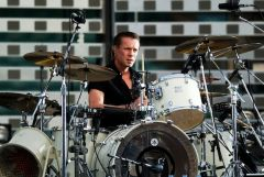 larry-mullen-jr-2.jpg