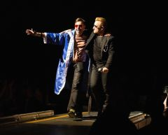 Eliezer and Bono in the catwalk
