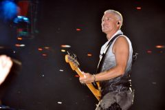 360º Tour Barcelona (night1) - Adam Clayton
