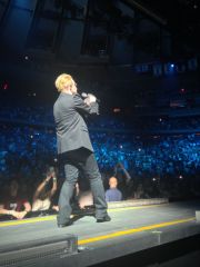 Bono and the crowd