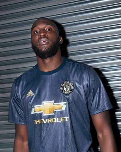 manchester-untied-18-19-third-kit-2.jpg