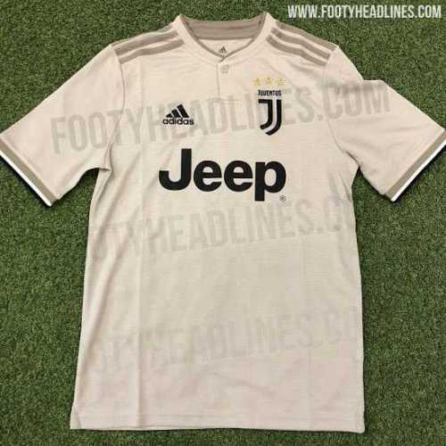 juventus-18-19-away-kit-2.jpg