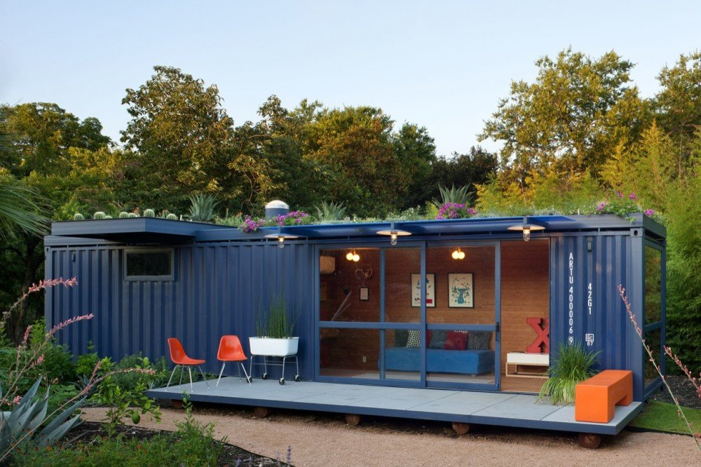 Poteet+Architects+Container+Guest+House+