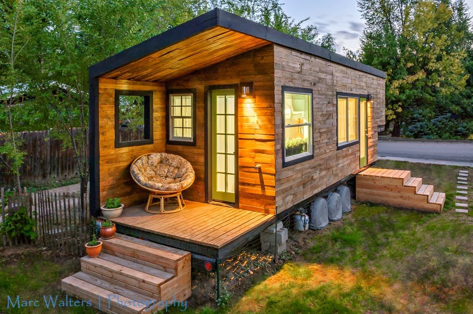 tiny+house+on+wheels+(18).jpg