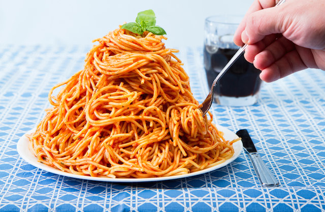 big-plate-of-food-spaghetti.jpg&f=1&nofb