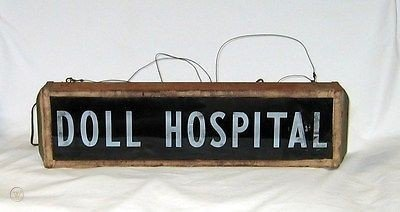 vintage-doll-hospital-sign-lighted_1_ec38f0afb2de374789d5ad9f82ae203b.jpg.dfbc4c0aca038fe6c4244479a245102c.jpg