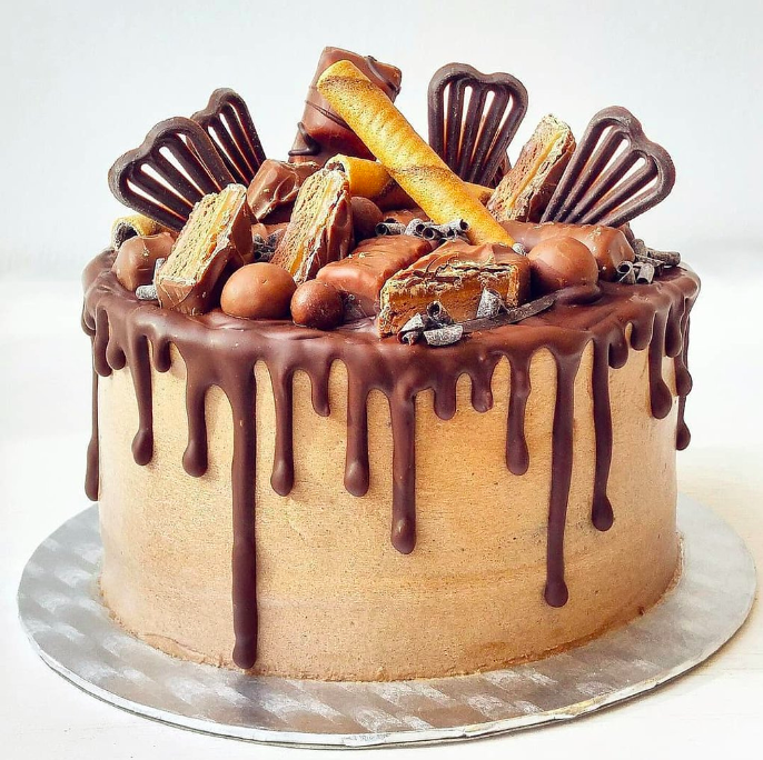 chocolate-temptation-drip-cake.pngcake.png.13313f04af04b2e050be1c94a31448d8.png