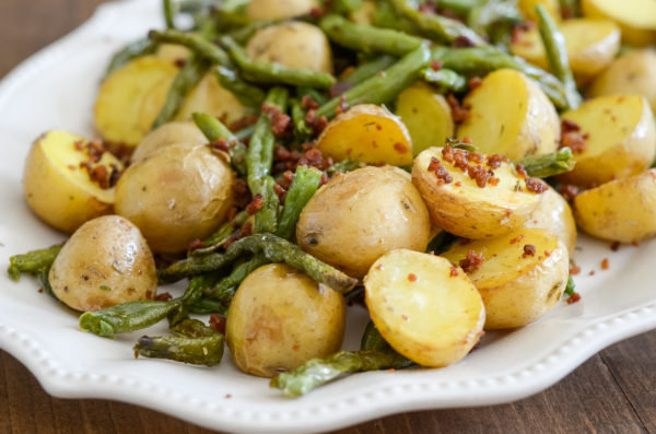 air-fryer-green-beans-and-potatoes-2-600x397.jpg.c388cebac6469a0b273025f29d2caf44.jpg