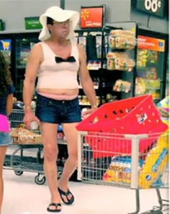 Awesome Funny People of Walmart In Weird Outfits (12).jpg