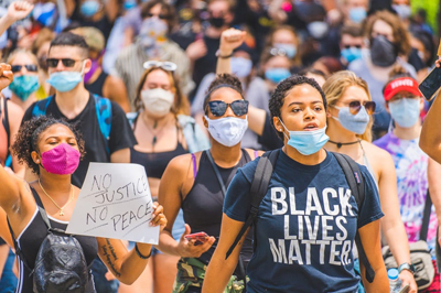 BLM masks crowd.jpg