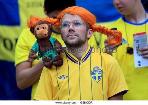1542536200_http_2F2Fn7.alamy.com2Fzooms2F496b9bca79db4e10920b317a227fb2e32Fa-sweden-fan-in-the-stands-during-the-uefa-euro-2016-group-e-match-g3ncdr.thumb.jpg.5768f6e49f90ba86334397a045f452a6.jpg