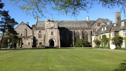 dartington hall.jpg