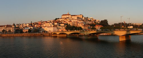 Sunset_Light_on_Coimbra_(10249113315).thumb.jpg.5b2f2ce10b467baf8aa5a6c2ce933e44.jpg