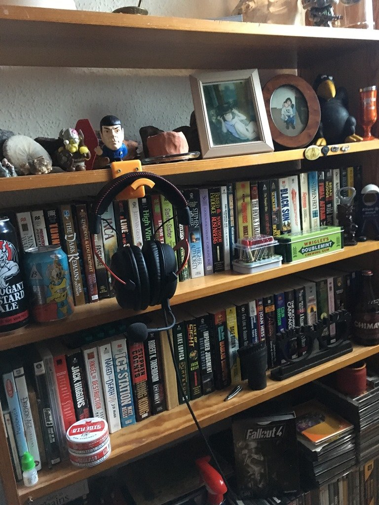 bookshelf to the left middle bottom