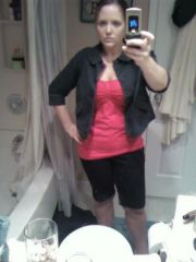 4.30... my outfit for my work-lunch date with the boy...  haha