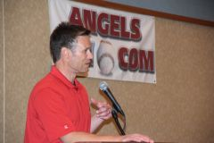 Jerry Dipoto speaks at AWFanfest13