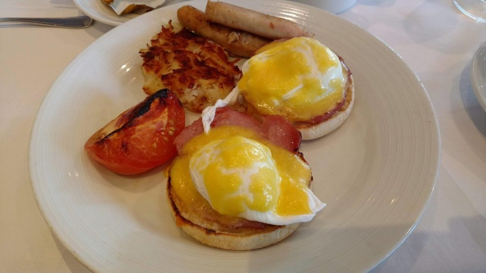 Breakfast - Eggs Benedict.jpg