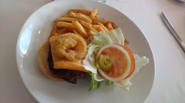 Lunch Main Course - Traditional Quarter Pounder Burger