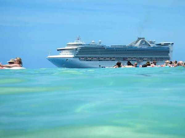 Caribbean Princess at Princess Cays.jpg