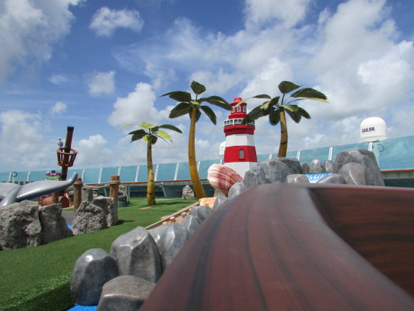 Mini Golf Mariner Of the Seas