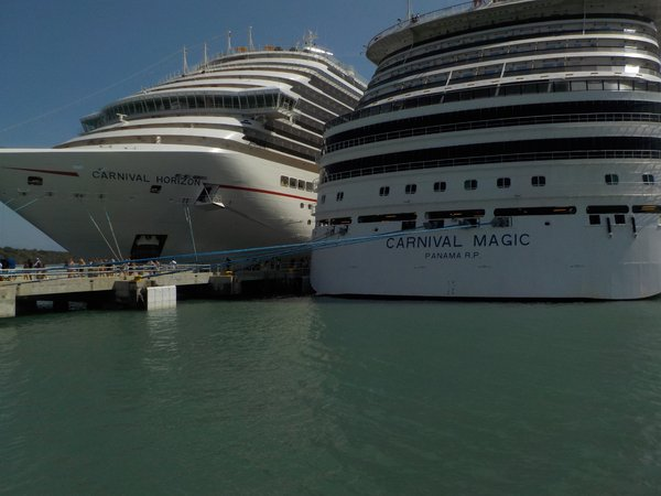 Carnival Magic and Carnival Horizon