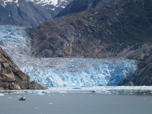 Sawyer Glacier at the head of Tracy Arm Fjord