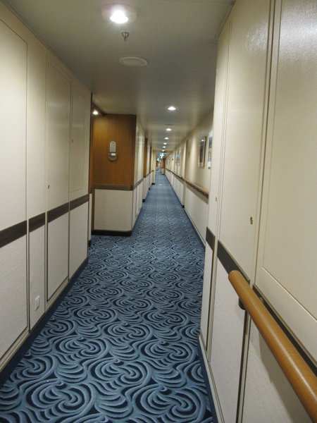 Regal Princess -- Hallway to cabin