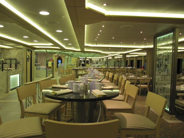Regal Princess - Horizon Bistro
