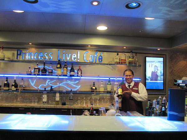 Regal Princess - Princess Live Cafe