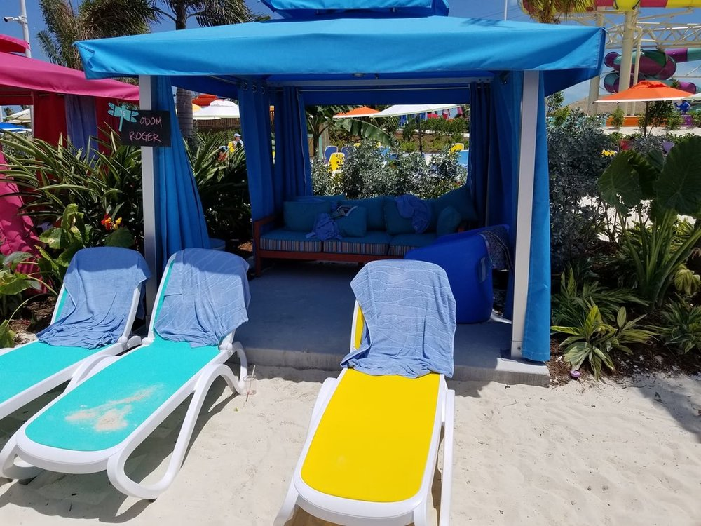 Coco Cay Thrill Waterpark Cabana 1.jpg