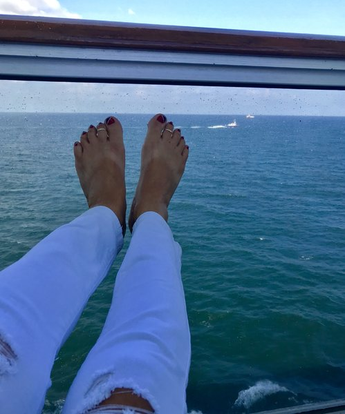 Carnival toes!!!♥️⚓️🛳