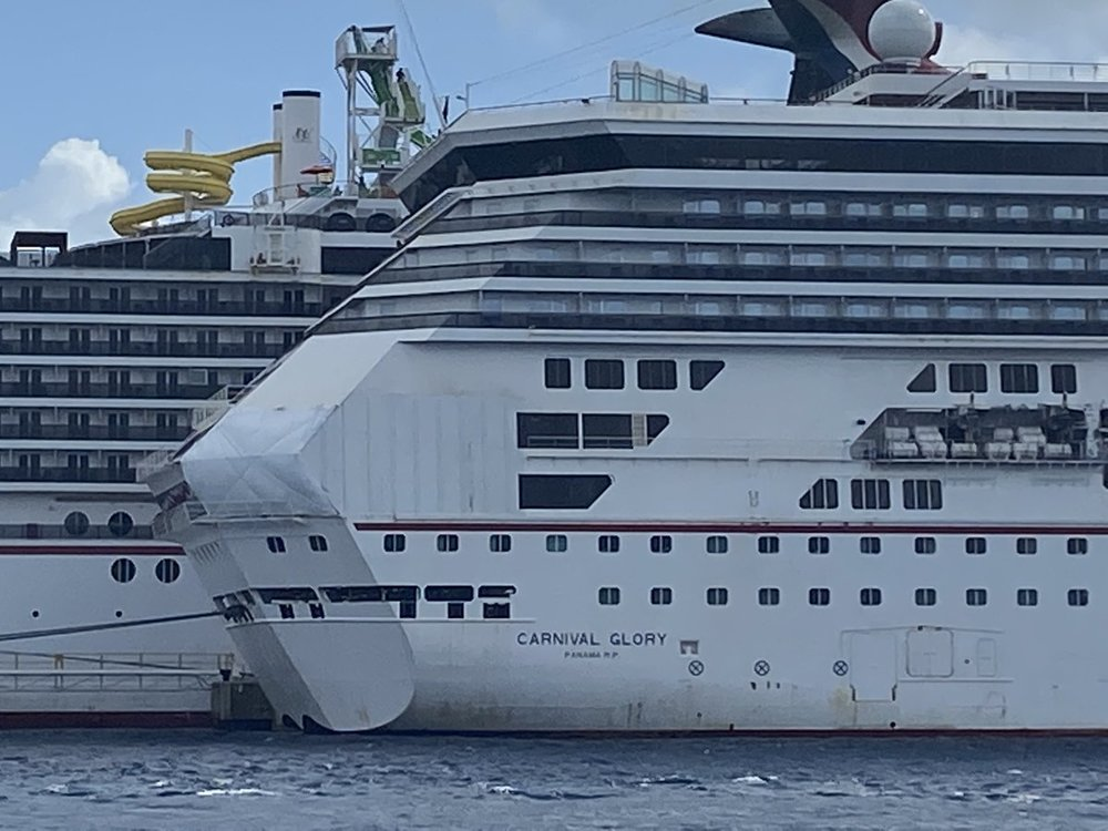 "Did Carnival Legend actually ""save"" the Oasis of the Seas ..."