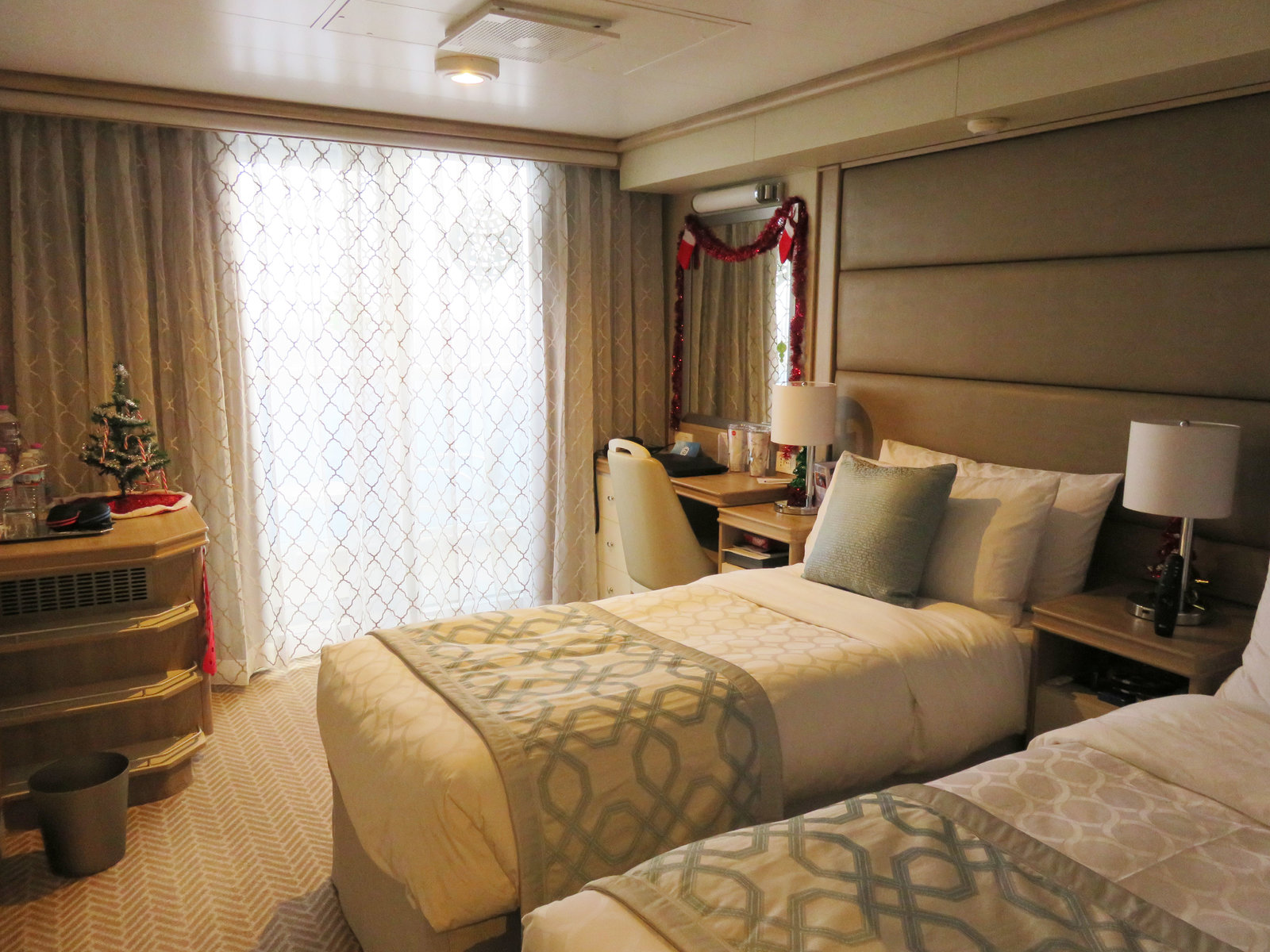SKY Princess - Balcony cabin with twin beds