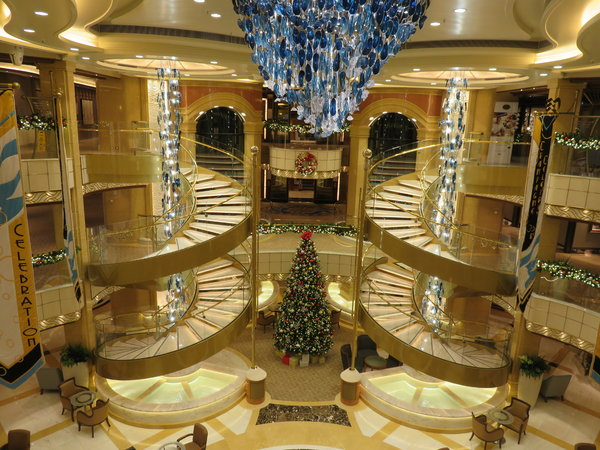 SKY Princess - Atrium decorated for Christmas