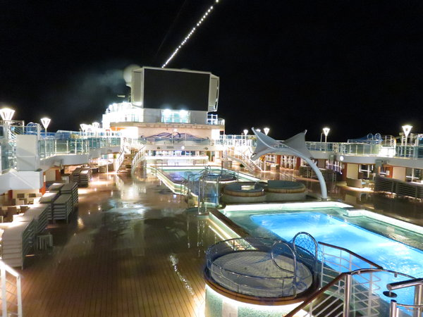 SKY Princess - Lido Deck (taken at 5am)