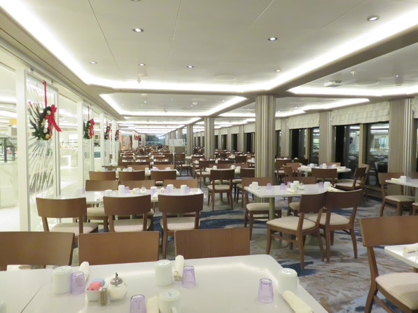 SKY Princess - World Fresh Market buffet
