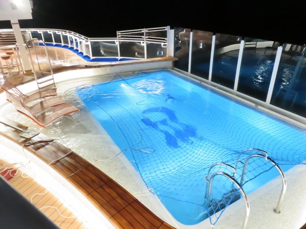SKY Princess - Aft Pool