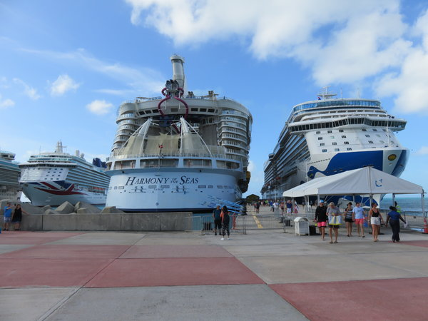 SKY Princess - Docked in St. Maarten