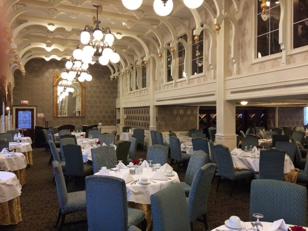 17 American Queen steamboat - Dining room.jpg
