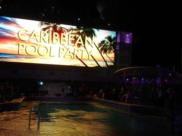 NCL BLISS - Pool Deck Party