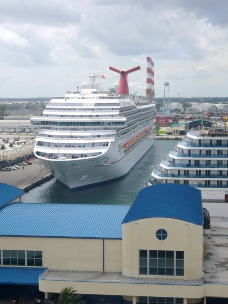 '88 TA 01 Carnival Liberty at Port Everglades.JPG