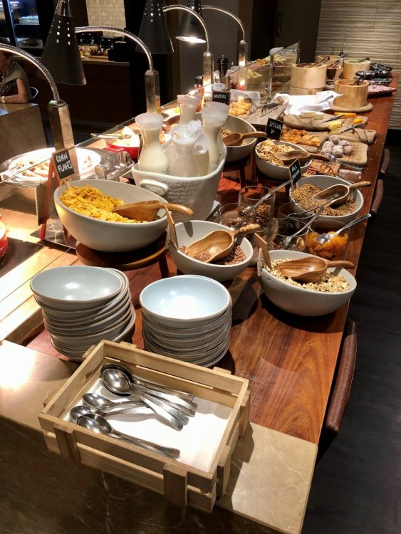 Breakfast Buffet 2.jpg